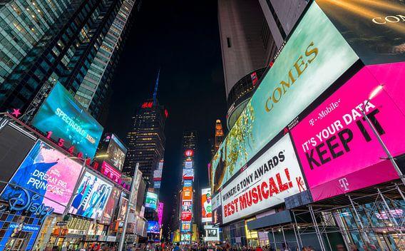 Avondfoto Time Square, New York van Mark De Rooij