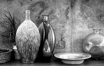 Stilleven in zwart wit van Leo Langen