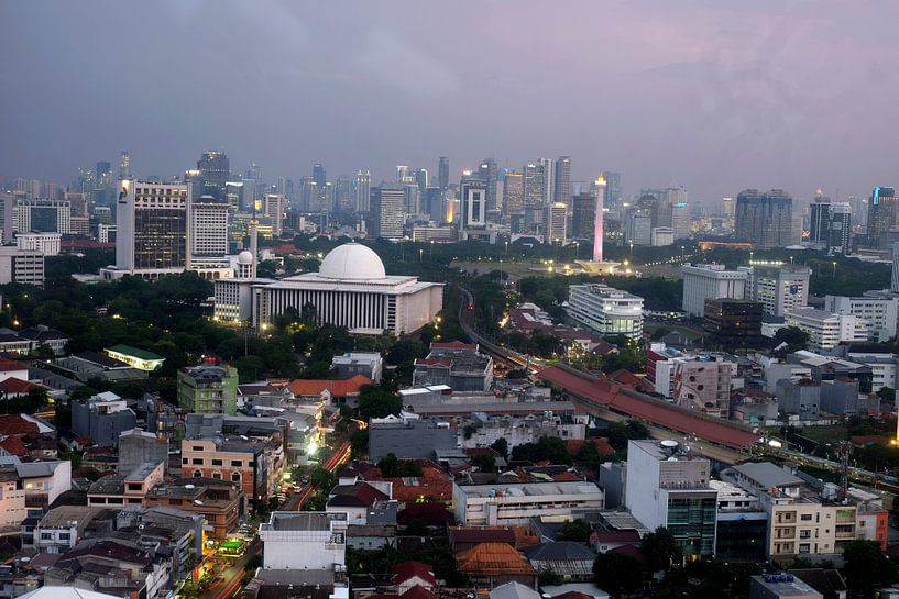 Jakarta skyline van Andre Bolte