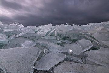 kruiend ijs van FotoBob
