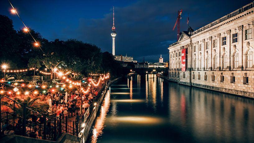 Berlin at Night: Strandbar Mitte van Alexander Voss