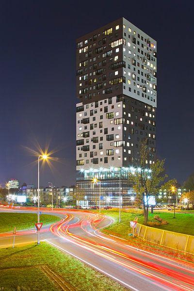 La Liberte nachtfoto te Groningen van Anton de Zeeuw
