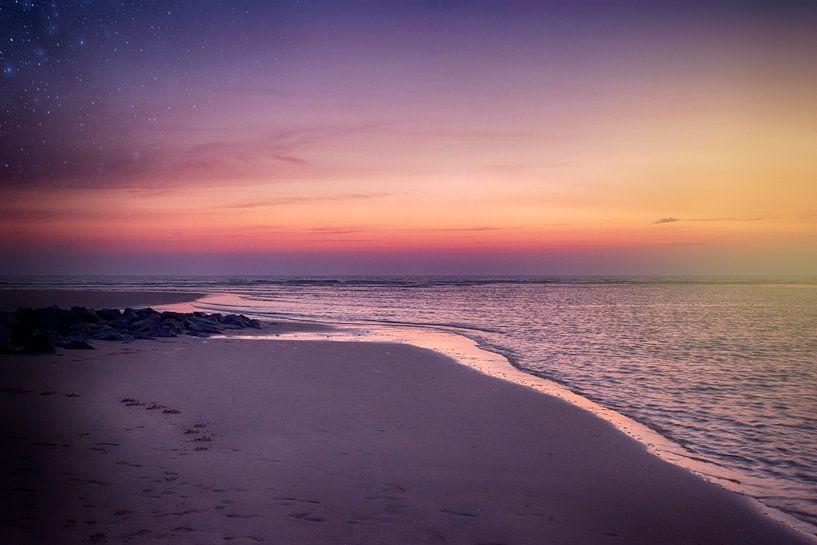 zonsondergang karwijk  van Stephanie Prozee