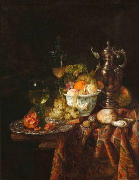 Stilleben mit Metallweinkrug, Glasbecher und Deckel, Römer, Früchte und Uhr, Abraham van Beijeren