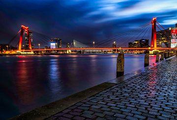 Willemsbrug Rotterdam Avond Fotografie van Mehmet Karaman
