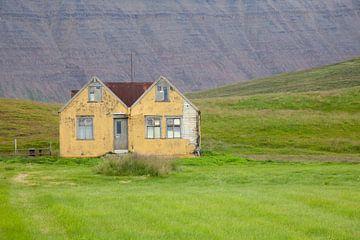 Gele huisjes von Emilie Luikinga