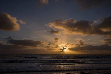 Sonnenuntergang bei der Nordsee von Barbara Brolsma