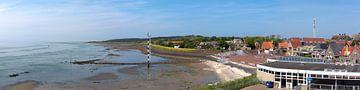 Vlieland, vue panoramique sur le village et la mer des Wadden sur Roel Ovinge