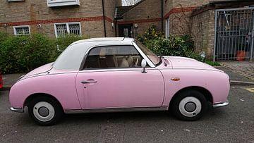 roze auto van Ard Edsjin
