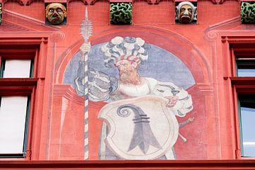 Fresko am Basler Rathaus in der Schweiz von Joost Adriaanse