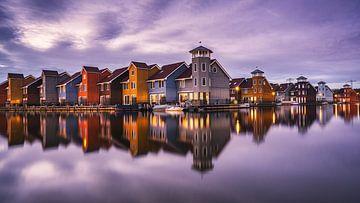 Fine-art foto van het Reitdiephaven in Groningen tijdens het blauwe uur von Harmen van der Vaart