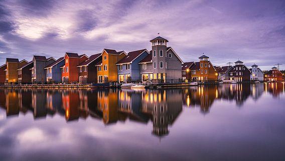 Fine-art foto van het Reitdiephaven in Groningen tijdens het blauwe uur