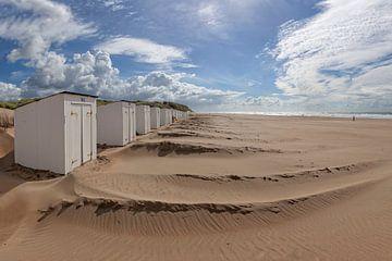 Strandhuisjes na de storm van Ruth de Ruwe