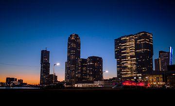 Blue Hour - Rotterdam van VISION COMPLETE