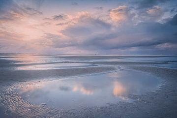 Sunset in Holland van Roelie Steinmann