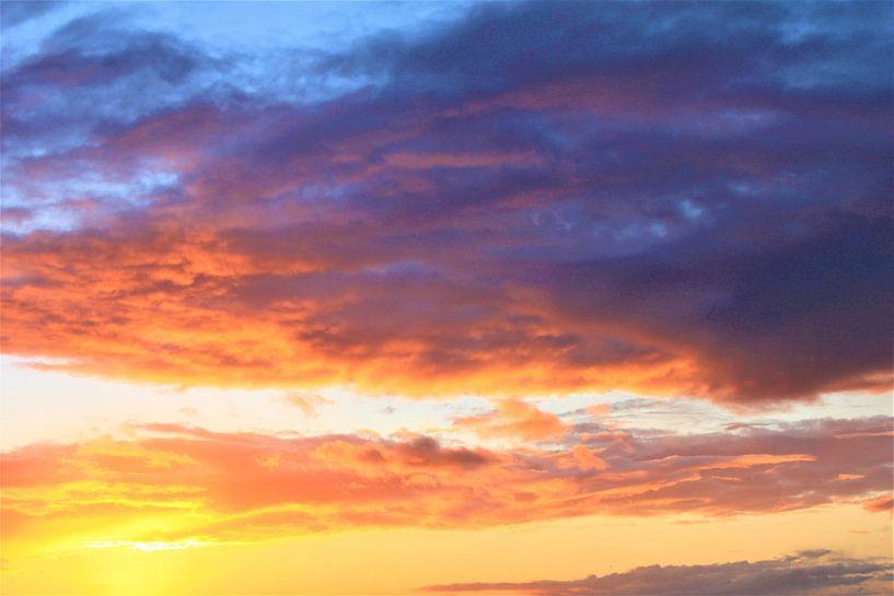 gouden wolken van Roger Hagelstein