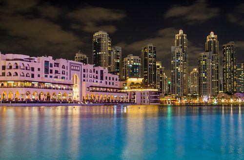 Dubai - uitkijk op de Dubai Fountain van Jack Koning