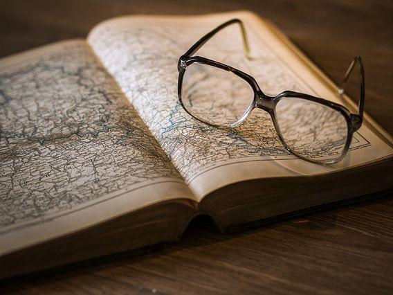 Studieboek met Wereldkaart