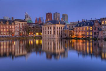 Mauritshuis, Binnenhof en Skyline Den Haag na Zonsondergang van Rob Kints