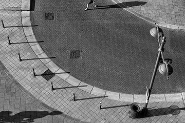 Schattenspiel am Bahnhof Breda von JPWFoto