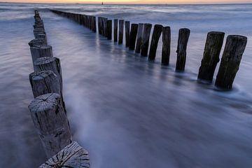 Wellenbrecher bei Sonnenuntergang in Dishoek von Frankhuizen Photography