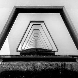 Een kijkje onder Zeelandbrug  van Ardi Mulder