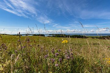 Groß Zicker, uitzicht op Klein Zicker, het meer Zicker en de Oostzee, Ruegen van GH Foto & Artdesign
