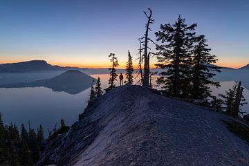 Blauwe uur bij Crater Lake, Oregon van Jonathan Vandevoorde