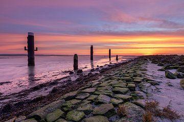 Prachtige zonsopkomst boven het Wad - Natuurlijk Ameland van Anja Brouwer Fotografie