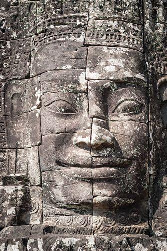 Glimlach van Boeddha in de Bayon tempel, Cambodja