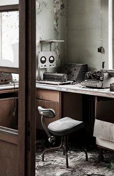 Vervallen Werkplek in Universiteit van Anne Sypré