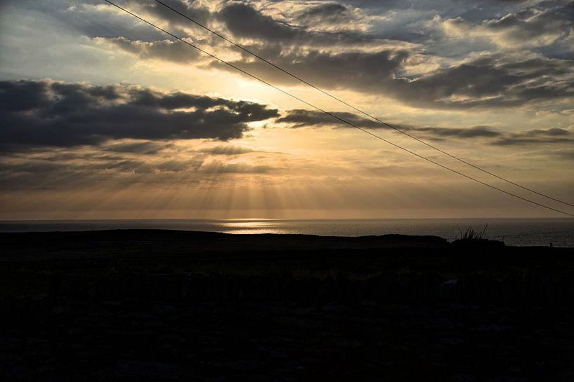 Sunset at Valentia Island sur Marga Verweijen