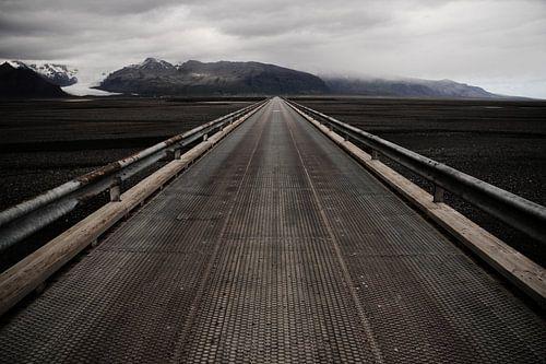 Brug over zandvlakte Skeiðarársandur, IJsland