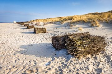 Winterse strand op Sylt van Christian Müringer