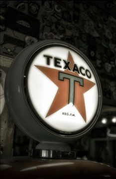 Texaco benzinepomp van Humphry Jacobs