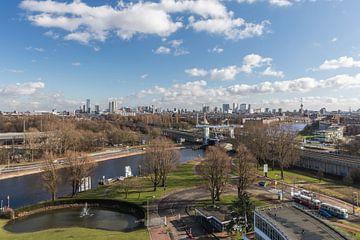 L'horizon de Rotterdam depuis l'usine Van Nelle sur MS Fotografie | Marc van der Stelt