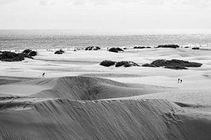 Duinen bij Maspalomas Vintage Zwart Wit van Nick van Dijk