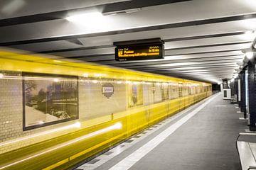 Metro Berlijn 2 van Martijn .
