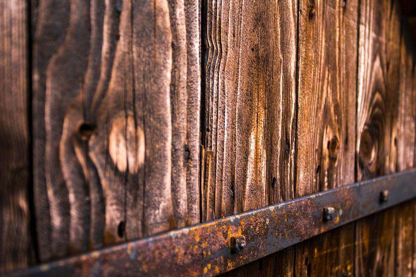 Oude houten deur met Structuur van Remco Bosshard