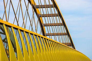 Pont jaune près d'Utrecht