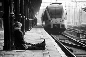 Wachtend op een trein von Lex Schulte