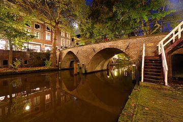Weesbrug over de Oudegracht in Utrecht von Donker Utrecht