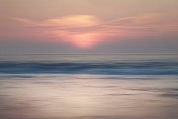 Abstrakter Sonnenuntergang Scheveningen von Arjen Roos