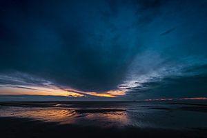 Blauw uur aan zee