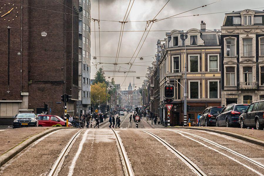 De entree van de Pijp in Amsterdam. van Don Fonzarelli