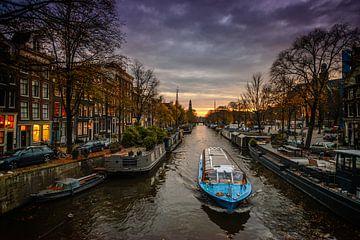 Zonsondergang in Amsterdam  van Angel Flores