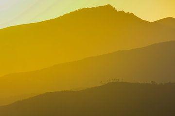 zonsondergang in de Italiaanse bergen van Jaco Verheul