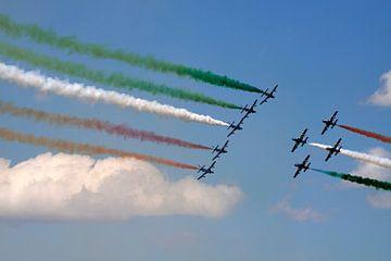 Italiaanse luchthow  van Maurice de vries