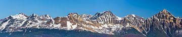 Berggipfel der kanadischen Rocky Mountains von Rietje Bulthuis
