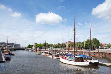 Alte Schiffe im Vegesacker Hafen, Bremen-Vegesack, Bremen, Deutschland, Europa